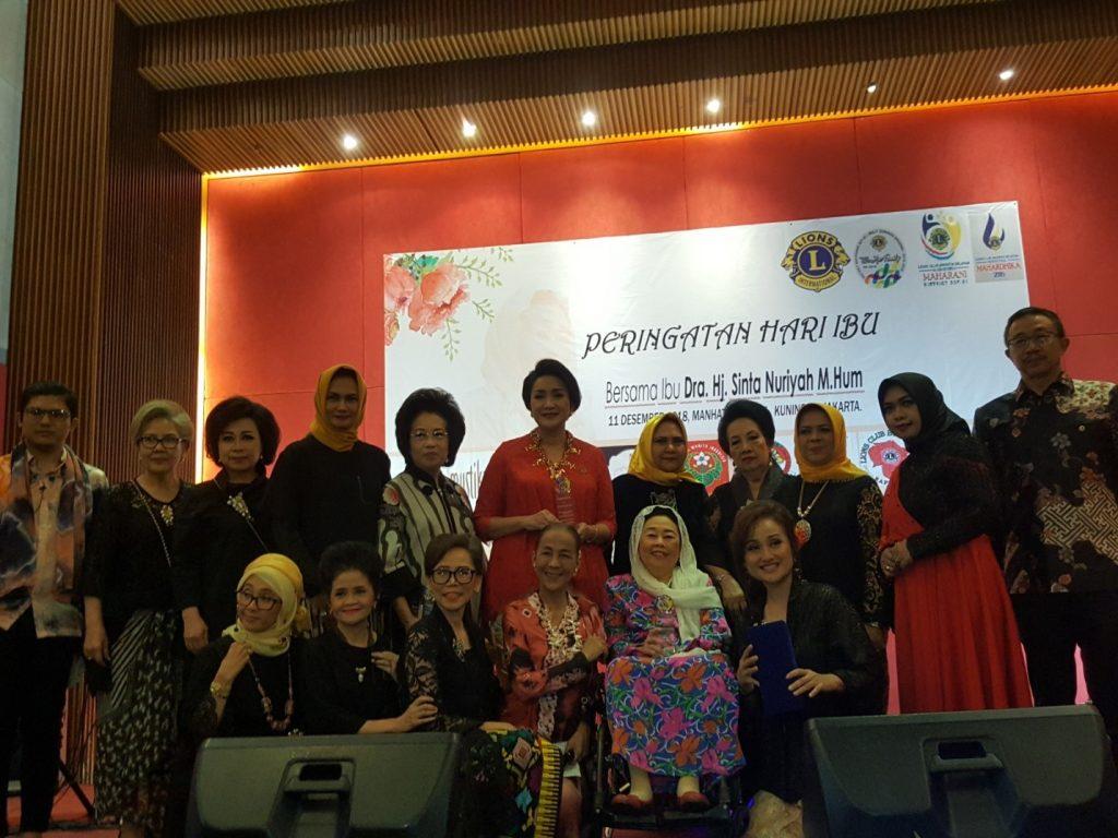 Sinta Nuriyah Wahid Hadiri Peringatan Hari Ibu